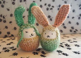 Anleitung - Süßes DIY Osterhasen Ei häkeln