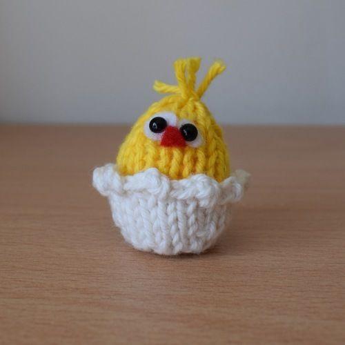 Makerist - Tiny Easter Chick - Knitting Showcase - 1