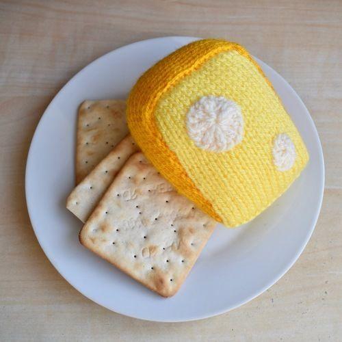 Makerist - Cheese Wedge - Knitting Showcase - 1