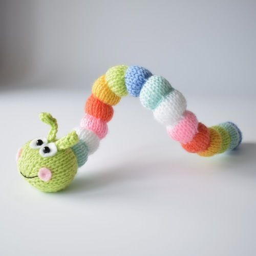 Makerist - Rainbow Caterpillar - Knitting Showcase - 3