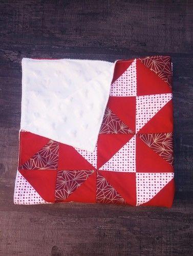 Makerist - Couverture bébé patchwork rouge  - #makeristalamaison - 1