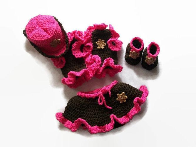 Makerist - Baby Cowgirl Pattern - Crochet Showcase - 1