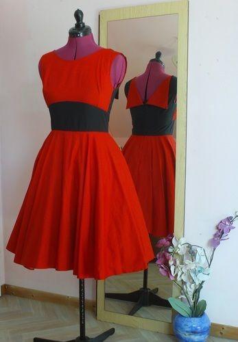 Makerist - Robe Rétro Rouge - Créations de couture - 1