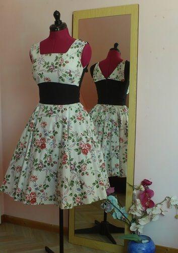 Makerist - Robe Rétro à Fleure - Créations de couture - 1