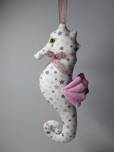 Makerist - Peluche Hippocampe - Créations de couture - 2