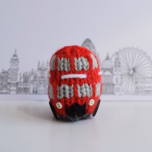 Makerist - London Double Decker Bus - Knitting Showcase - 2
