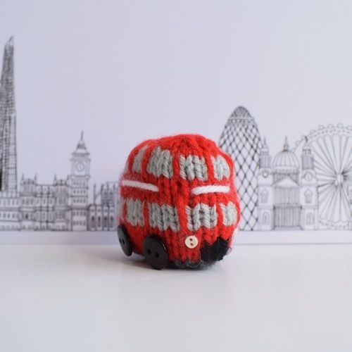 Makerist - London Double Decker Bus - Knitting Showcase - 3