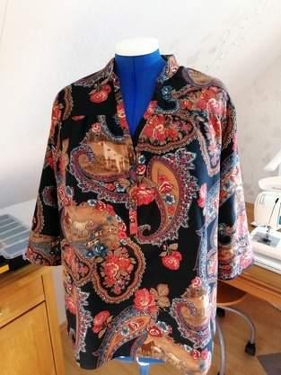 Bluse Shirt - Alter Stoff - moderner Schnitt