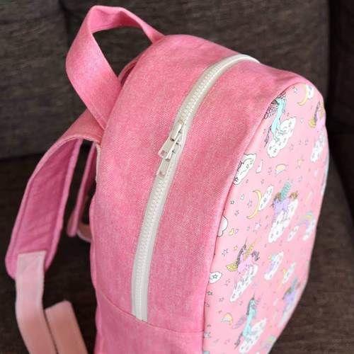 Makerist - Sac à dos Achille en tissu licorne - Créations de couture - 1