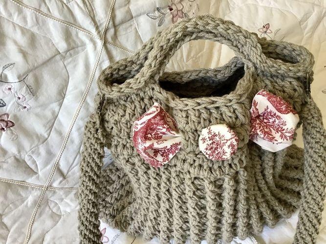 Makerist - The Paris Toile Tote Bag  - Crochet Showcase - 1