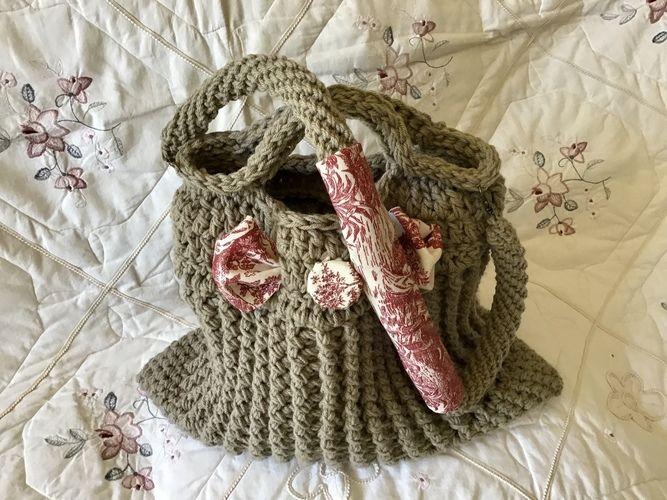 Makerist - The Paris Toile Tote Bag  - Crochet Showcase - 2