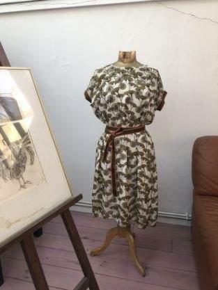 blouse orgueil de atelier maelstrom, version robe, et version blouse