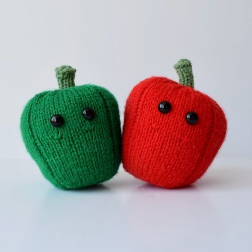 Makerist - Red and Green Peppers - Knitting Showcase - 1