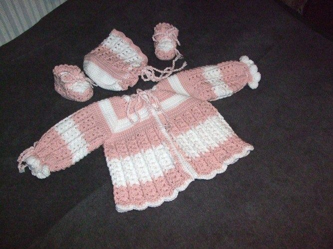 Makerist - Babygarnitur - Strickprojekte - 1