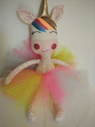 Makerist - Lily la licorne - Créations de couture - 1