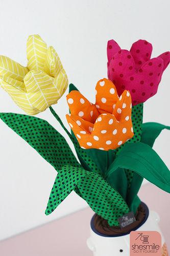 Makerist - Ein Strauß Tulpen aus Stoff - Nähprojekte - 2