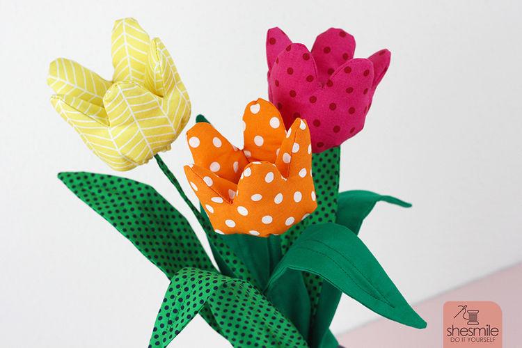 Makerist - Ein Strauß Tulpen aus Stoff - Nähprojekte - 3