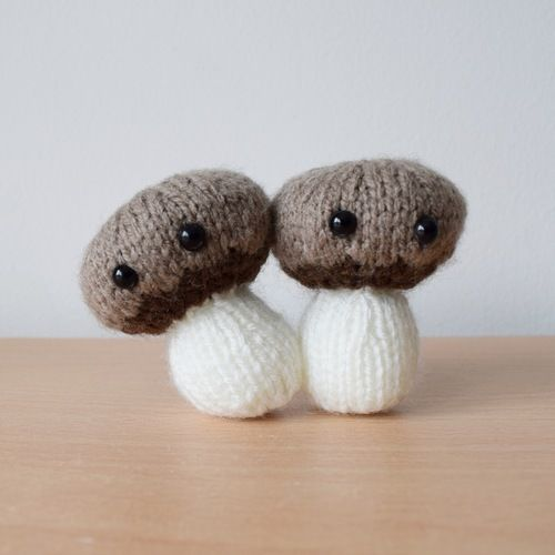 Makerist - Chestnut Mushrooms - Knitting Showcase - 1