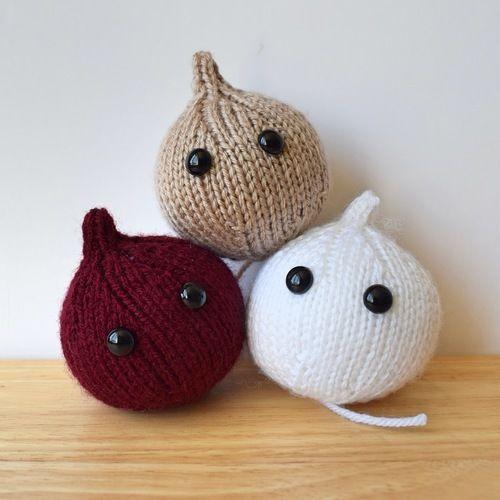 Makerist - Onions - Knitting Showcase - 2