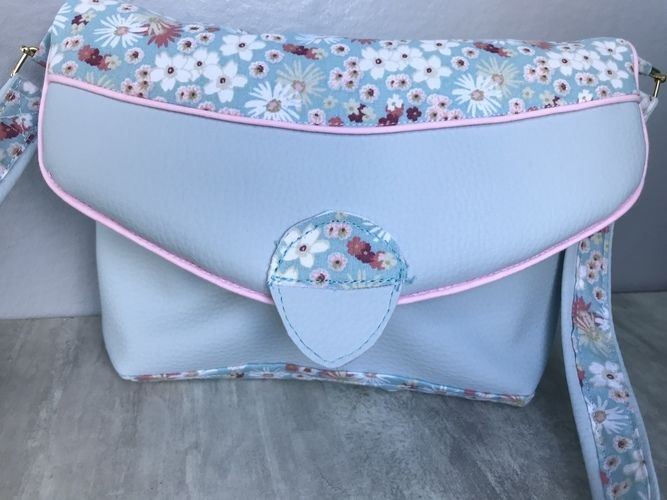 Makerist - Pochette Lola - Créations de couture - 1