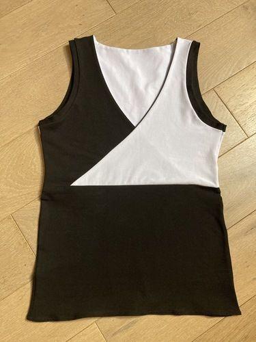 Makerist - Top taille S en jersey bi-color avec le patron de Madame Luise - #makeristalamaison - 1