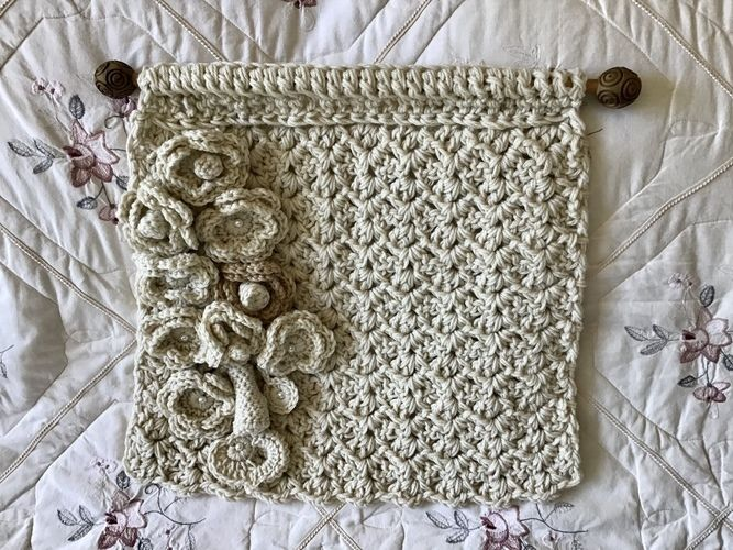 Makerist - Alabaster Bouquet Wall Hanging  - Crochet Showcase - 2