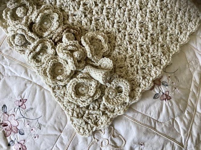 Makerist - Alabaster Bouquet Wall Hanging  - Crochet Showcase - 3