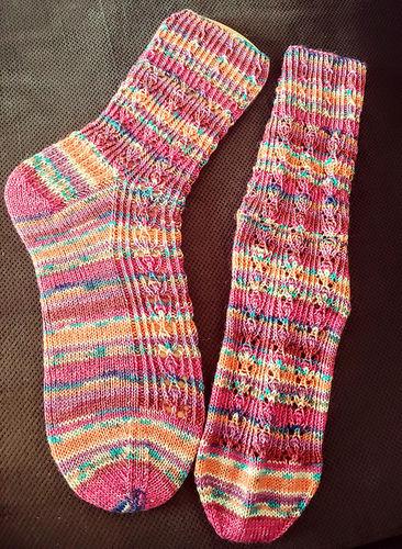 "Makerist - Socken ""Enid"" - Strickprojekte - 3"