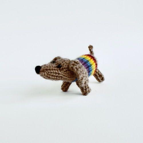 Makerist - Small Sausage Dog - Knitting Showcase - 1