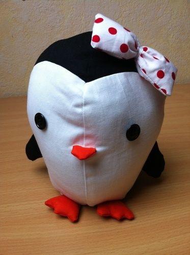 Makerist - Rockabella Pinguin, Reisebegleitung für meine Tochter - Nähprojekte - 1
