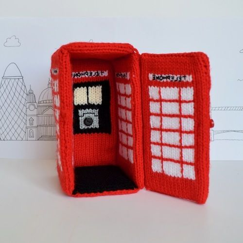 Makerist - Red Telephone Box - Knitting Showcase - 3