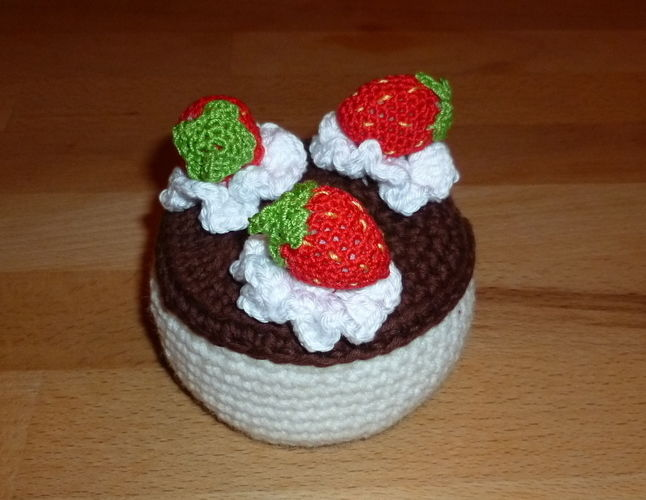 Makerist - Die wahrscheinlich kalorienärmste Torte der Welt - Häkelprojekte - 1