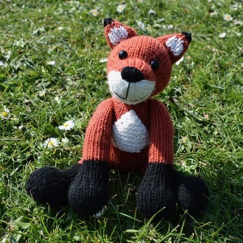 Makerist - Cubby the Fox - Knitting Showcase - 3
