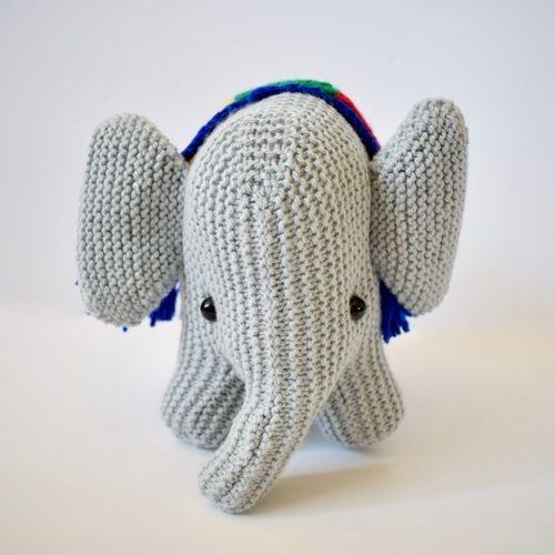 Makerist - melly the elephant - Knitting Showcase - 2