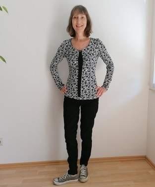 Makerist - Raffaelle, ein schmeichelnder Shirtschnitt - 1