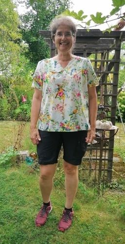 Makerist - Bluse Clariella , sieht edel aus und ist schnell genäht - Nähprojekte - 1