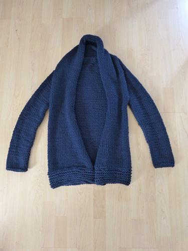 Makerist - So sieht meine erste Strickjacke aus Schurwolle aus - Strickprojekte - 2