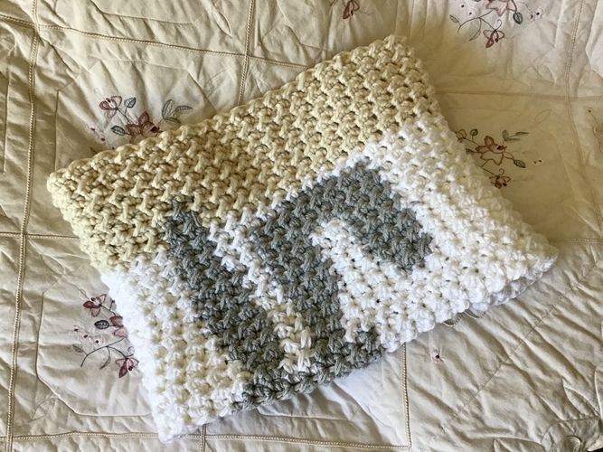 Makerist - The Paris Bunny Baby Blanket  - Crochet Showcase - 2
