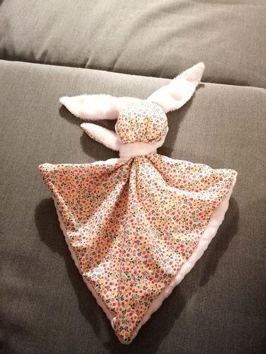 Makerist - Zola le Doudou lapin - Créations de couture - 1
