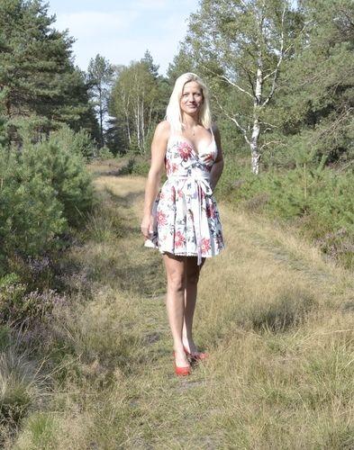 Makerist - Wickelkleid Adela aus Leinen  - Nähprojekte - 1