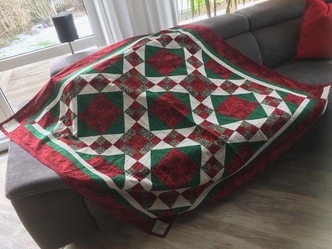 Makerist - Meine erste Patchwork-Decke ist schon über 20 Jahre alt - Patchwork-Projekte - 1