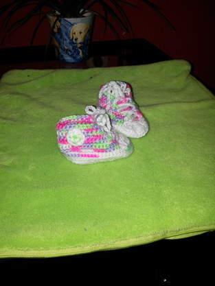 Makerist - Chucks gehäkelt für baby - 1