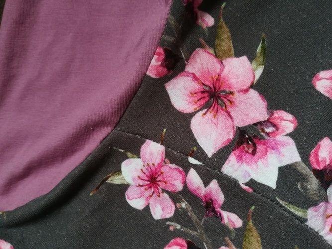 """Makerist - Tunique fleurie rose et taupe (""""Chemise Girly"""" de chez Konfetti) - Créations de couture - 2"""