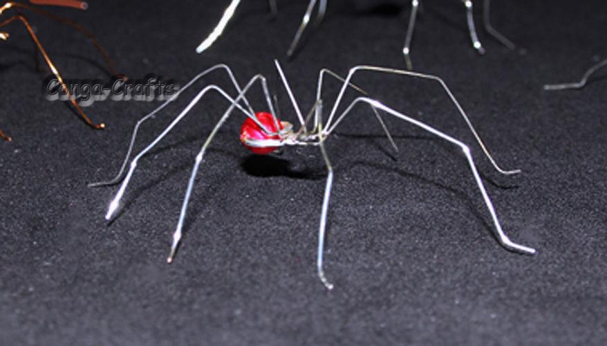Makerist - Halloween-Spinne aus Draht u. Perlen - DIY-Projekte - 1