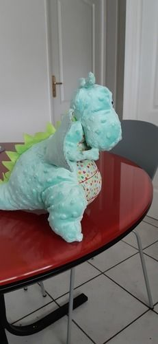 Makerist - Yoki le gros dragon pour mon petit fils. réalisé en minkee pour ma part et et en coton. - Créations de couture - 2