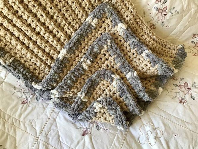 Makerist - Lion Queen Chic Throw  - Crochet Showcase - 1