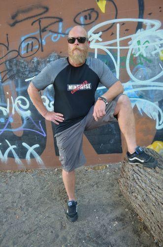 Makerist - Schnell genähtes Raglan-Männershirt - Nähprojekte - 2