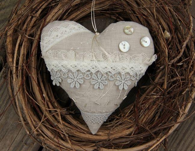 Makerist - Romantisches Herz hellgrau - Nähprojekte - 1