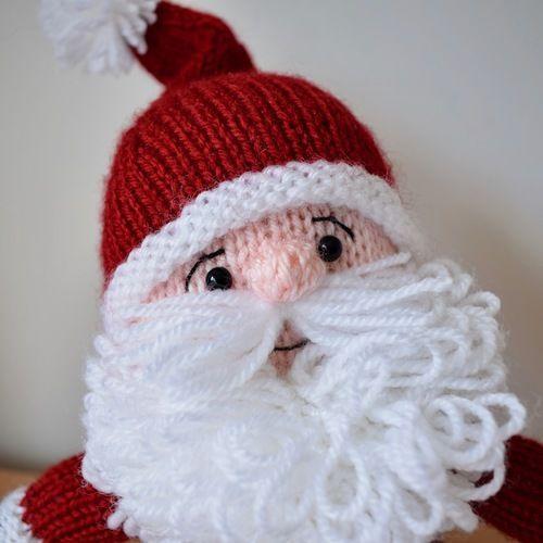 Makerist - Cuddly Santa - Knitting Showcase - 2