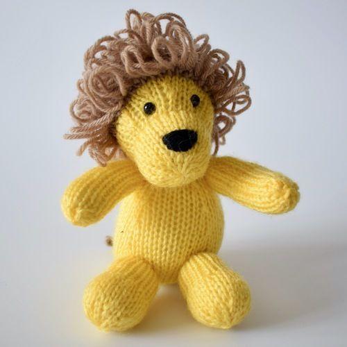 Makerist - Leon the Lion - Knitting Showcase - 1